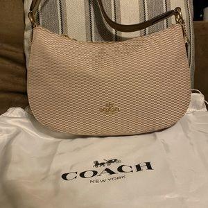 Brand New Authentic Coach swinger bag w/dust bag!